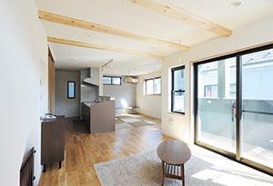東京都八王子市T邸。シンプルモダンな二世帯住宅